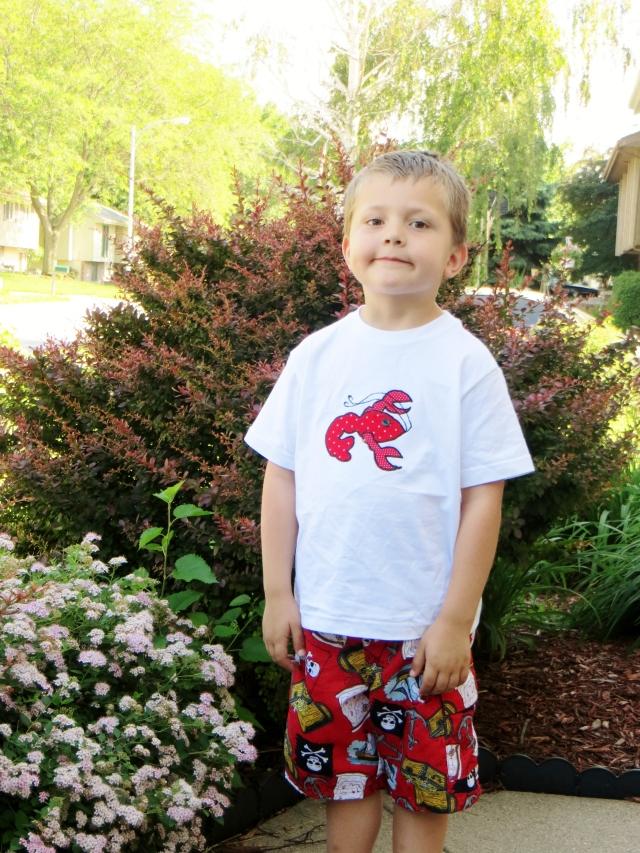 crawfish tee shirt, cajun crawfish boil, cajuns in nebraska, crawfish in omaha